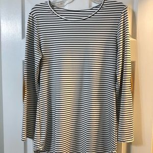 Black and white striped tunic long sleeve